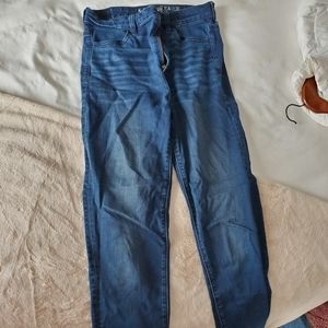 Blue skinny jeans